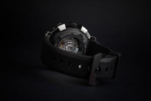 reloj de acero negro