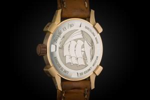 reloj-de-bronce-verde-gravado