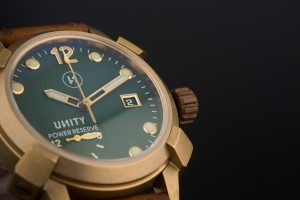 reloj-de-bronce-verde-unity
