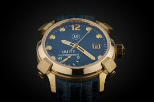unity-reloj-automatico-de-bronce