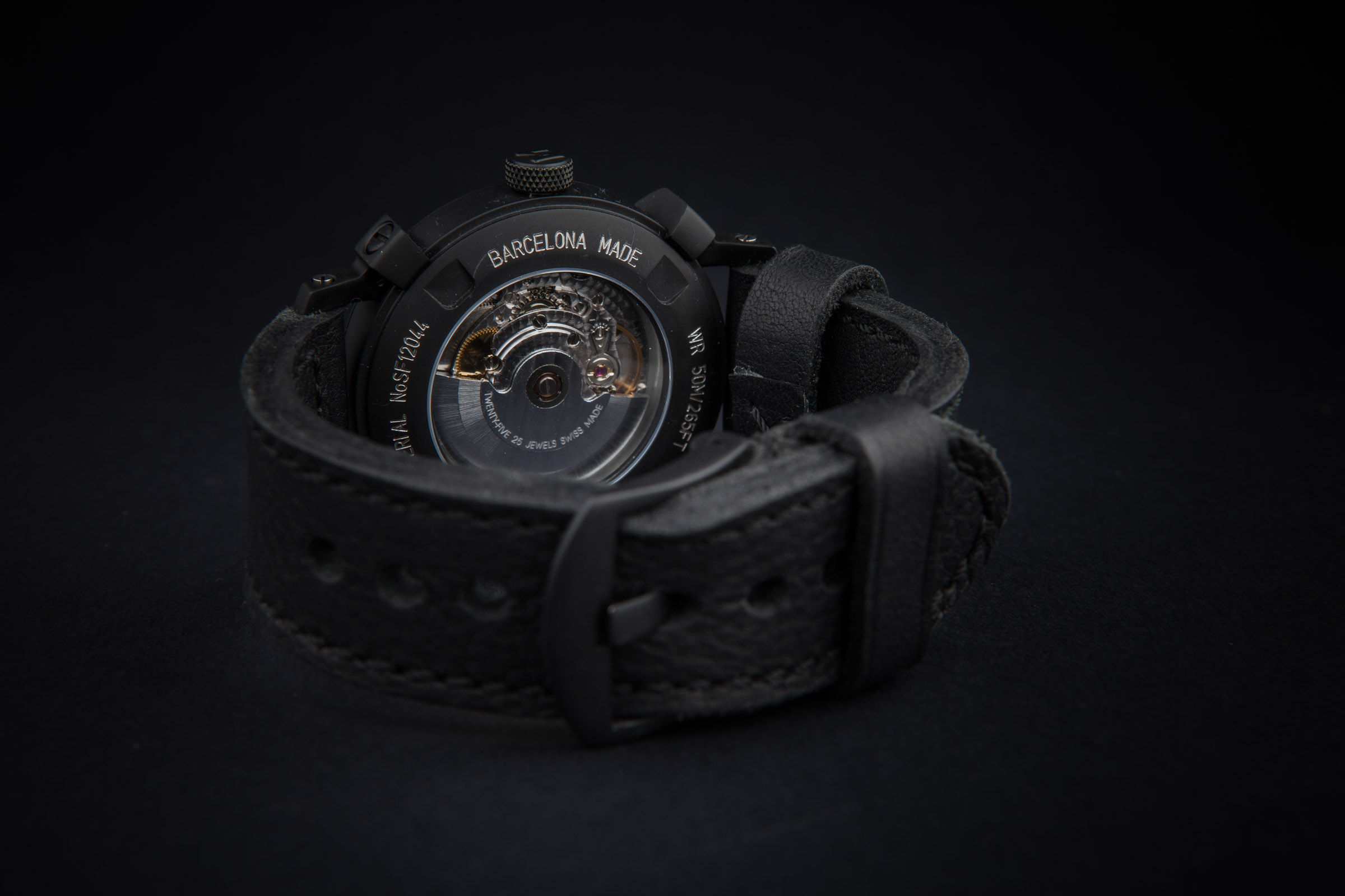 reloj negro