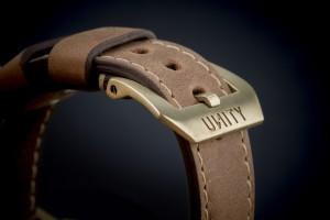 buckle bronce