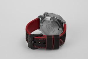 red-black-strap