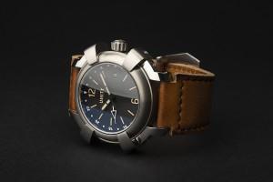 Phantom titanium reloj GMT ETA 2893-2