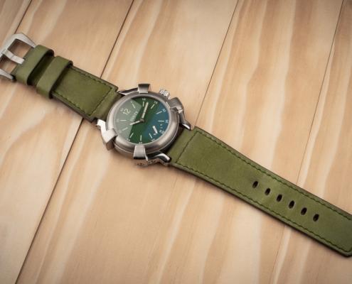 militar green titanium watch